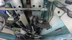 Plancha del vapor en molino de materia textil almacen de metraje de vídeo