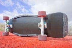 Planche à roulettes de noir de Longboard de style de vintage Photos libres de droits