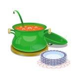 Planche la cacerola con la sopa caliente y algunas placas Imagen de archivo libre de regalías