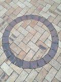 Plancher de pavé rond de forme de cercle de Brown Photos stock