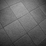 Plancher de tuiles carré gris Photographie stock libre de droits