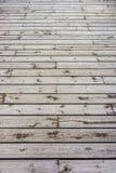 Plancher en bois construit des planches en bois de bois de charpente de teck Image libre de droits