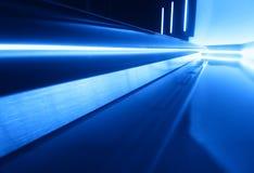 Plancher futuriste diagonal de vaisseau spatial avec le fond de réflexions photo libre de droits