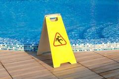 Plancher glissant de piscine photos libres de droits