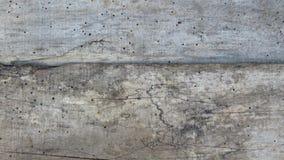 Planches criquées rayées de vieux plancher Vintage Grey Timber vermoulu par le ver de bois photos stock