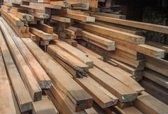 Planches en bois de construction Images libres de droits