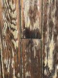 Planches en bois de grain avec éplucher la peinture images stock