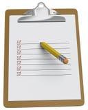 Planchette avec la liste de contrôle et le crayon tronqué Image stock