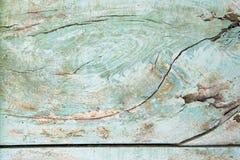 Plancia di legno con il foro fotografia stock libera da diritti