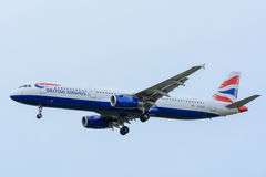 Plane from British Airways G-EUXI Airbus A321-200 is landing at Schiphol Airport. Schiphol, Noord-Holland/Netherlands- November 20-11-2015 -Plane from British Stock Photography