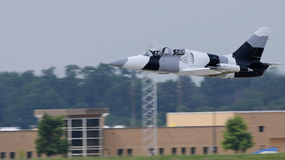 Plane flying. Low flying plane at Illinois air show 2011 Royalty Free Stock Photography