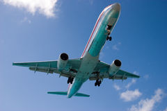 Free Plane Getting Ready To Land Stock Image - 9888911