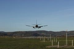 Plane landing Royalty Free Stock Photos