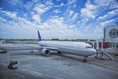 Plane on the Lisbon airport board to receive assistance Royalty Free Stock Image