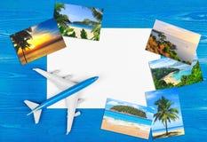 plane loppet tropisk semesterort Advertizing av företaget Hotellbokning Royaltyfri Fotografi