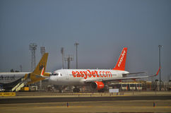 Plane of low cost airline taxiing Royalty Free Stock Photography