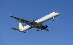 Plane take off- blue sky Royalty Free Stock Photos