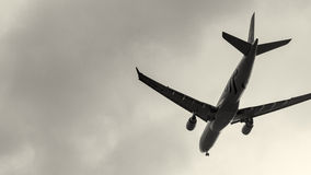 Plane about to land at the Taoyuan International Airport, Taiwan Royalty Free Stock Photos