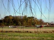 Planeador ООН llevando Avión стоковое изображение