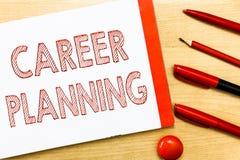 Planeamento de carreira da escrita do texto da escrita Conceito que significa a lista de A de objetivos e das ações que você pode fotografia de stock