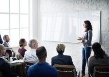 Planeamiento de entrenamiento de la conferencia que aprende concepto del negocio que entrena fotografía de archivo libre de regalías