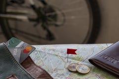 Planee su viaje en una bici fotos de archivo libres de regalías