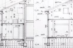 /Planen Gebäudemodell und Entwurfswerkzeuge auf Bau lizenzfreies stockbild