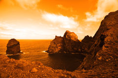 Planeta abandonado bonito com oceano vasto Imagens de Stock Royalty Free