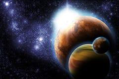 Planeta abstrato com o alargamento do sol no espaço profundo Fotos de Stock