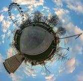 Planeta del ojo de Londres pequeño Imagen de archivo libre de regalías