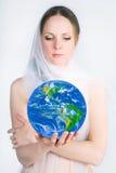 Planeta nas mãos Imagem de Stock Royalty Free