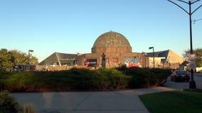 Planetario Chicago - ciudad de Adler de Chicago metrajes