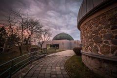 Planetario y cielo dramático Imagen de archivo