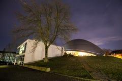 Planetarium bochum Tyskland på natten Royaltyfri Foto