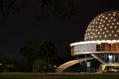 Planetarium na noite fotografia de stock