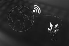Planetenerde mit Wi-Fisymbol befestigte zum Computermaus-clicki Lizenzfreies Stockfoto