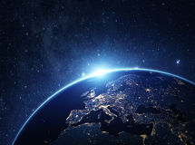 Planetenerde vom Raum nachts Stockbilder