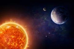 Planetjord och sol Royaltyfria Bilder