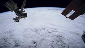 Planetjord som ses från ISSEN Härlig planetjord som observeras från utrymme Jord för skytte för Nasa-tidschackningsperiod från ut stock video