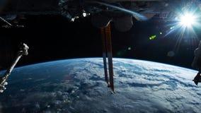 Planety ziemia widzie? od ISS Eksploracja przestrzeni kosmicznej planety ziemia przy noc? Elementy ten wideo mebluj?cy NASA zbiory