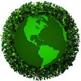 Planety ziemia zakrywająca z liśćmi Eco kula ziemska Obraz Royalty Free