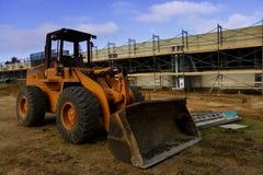 Planierraupe und Bau lizenzfreie stockfotografie