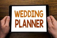 Planificador de la boda del subtítulo del texto de la escritura de la mano Concepto del negocio para la preparación de la boda es foto de archivo libre de regalías