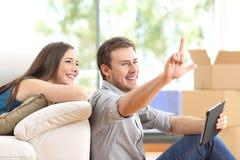 Planification de couples et maison mobile Photos libres de droits