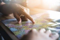 Planification de touristes des vacances Images libres de droits