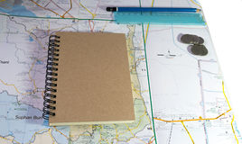 Planing travel with textnote and map Royalty Free Stock Photography