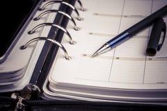 Planista, kalendarz i pióro, Obrazy Stock