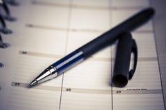 Planista, kalendarz i pióro, Zdjęcia Royalty Free