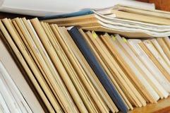 Plank met dossieromslagen Stock Foto's