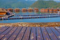 Plank op mening royalty-vrije stock afbeeldingen